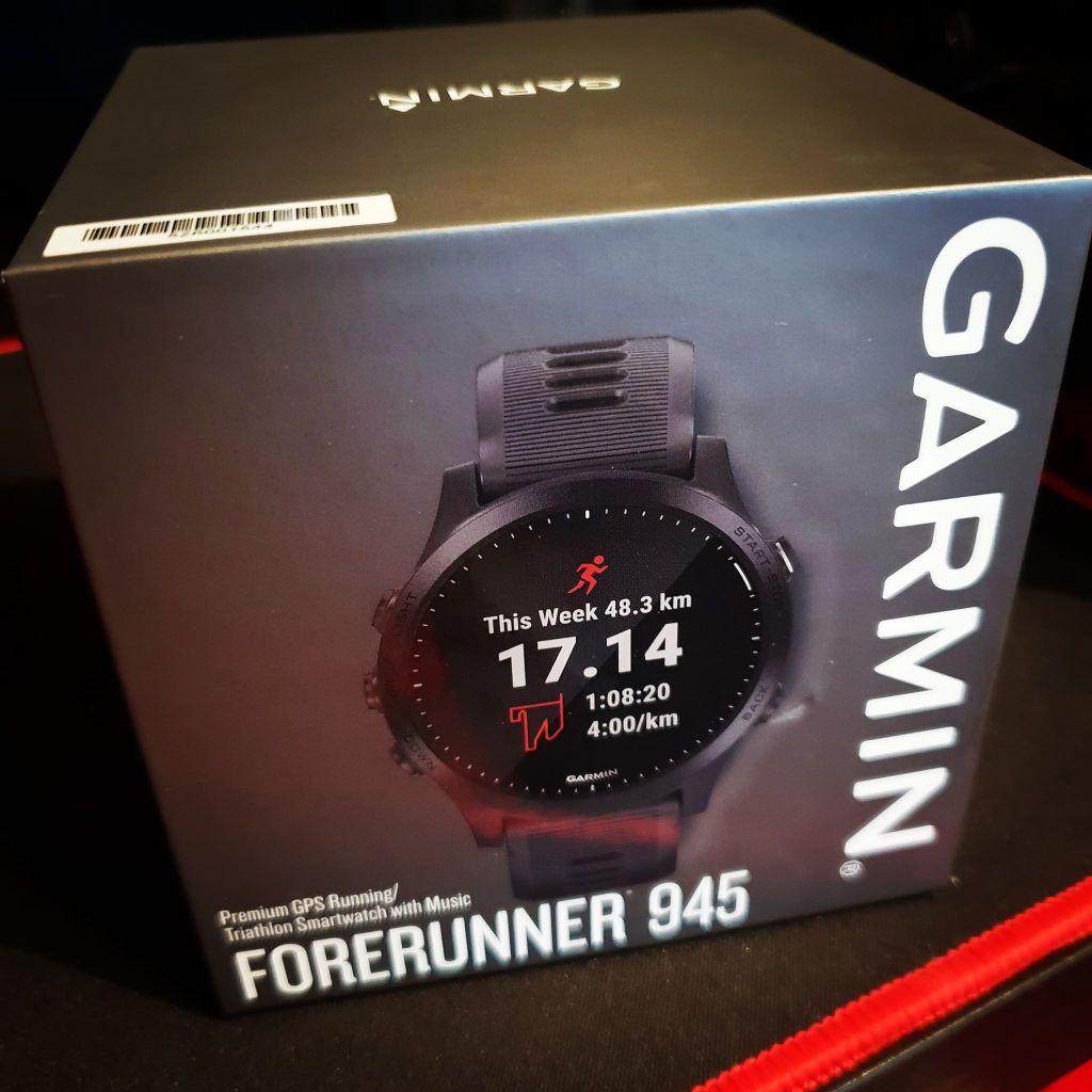 Garmin 945 Box Front