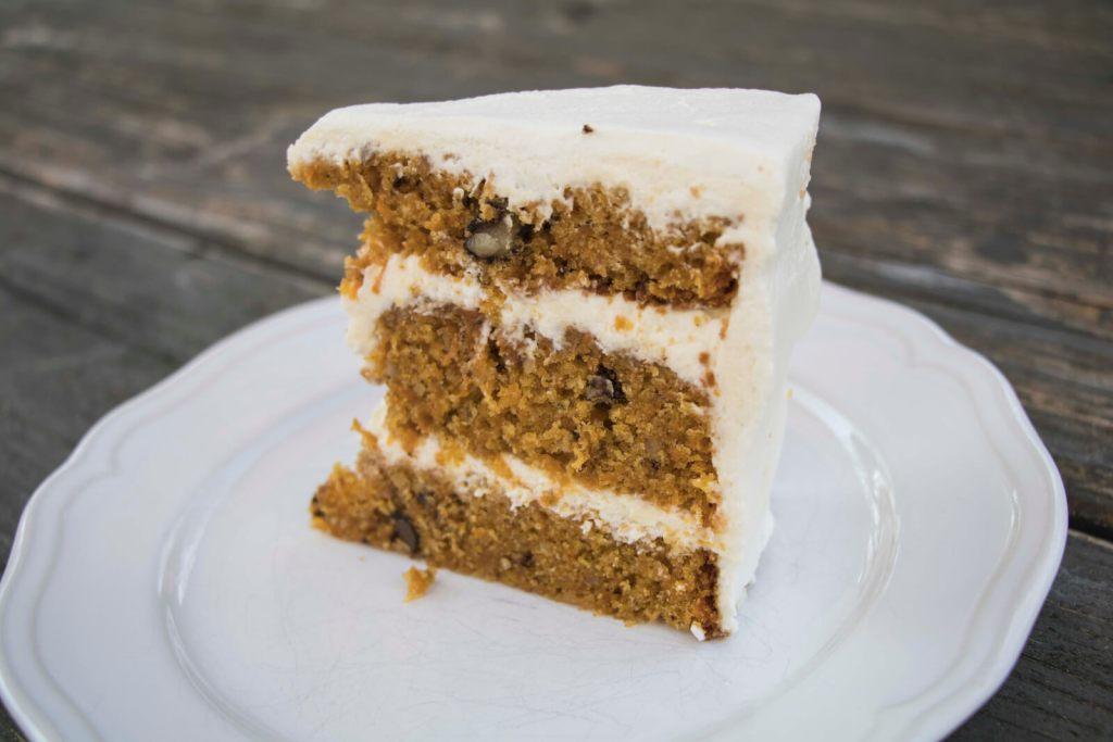 moist-carrot-cake-recipe-saftiger-möhrenkuchen-rezept-saftiger-karottenkuchen