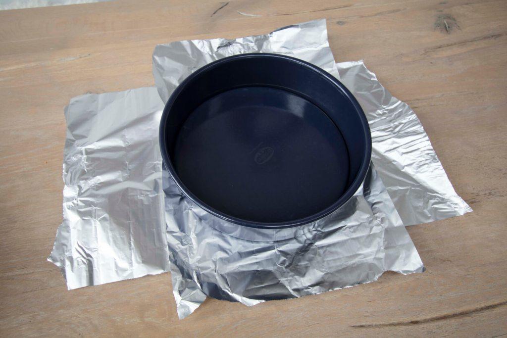 Best-New-York-Cheesecake-aluminium-wrapping