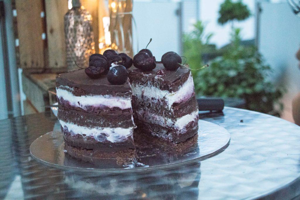 Black-Forest-Cake-design-Schwarzwälder-Kirschtorte-original