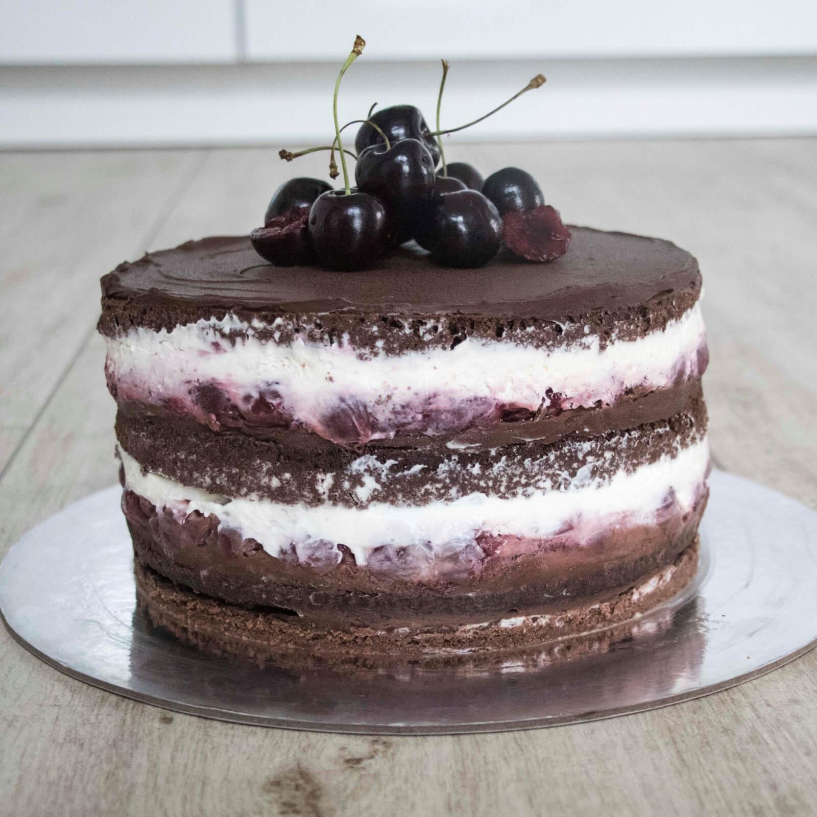 Modern-Black-Forest-Cake-moderne-Schwarzwälder-Kirschtorte