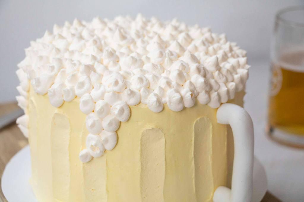 beer-mug-cake-bierkrugtorte-maß-biertorte