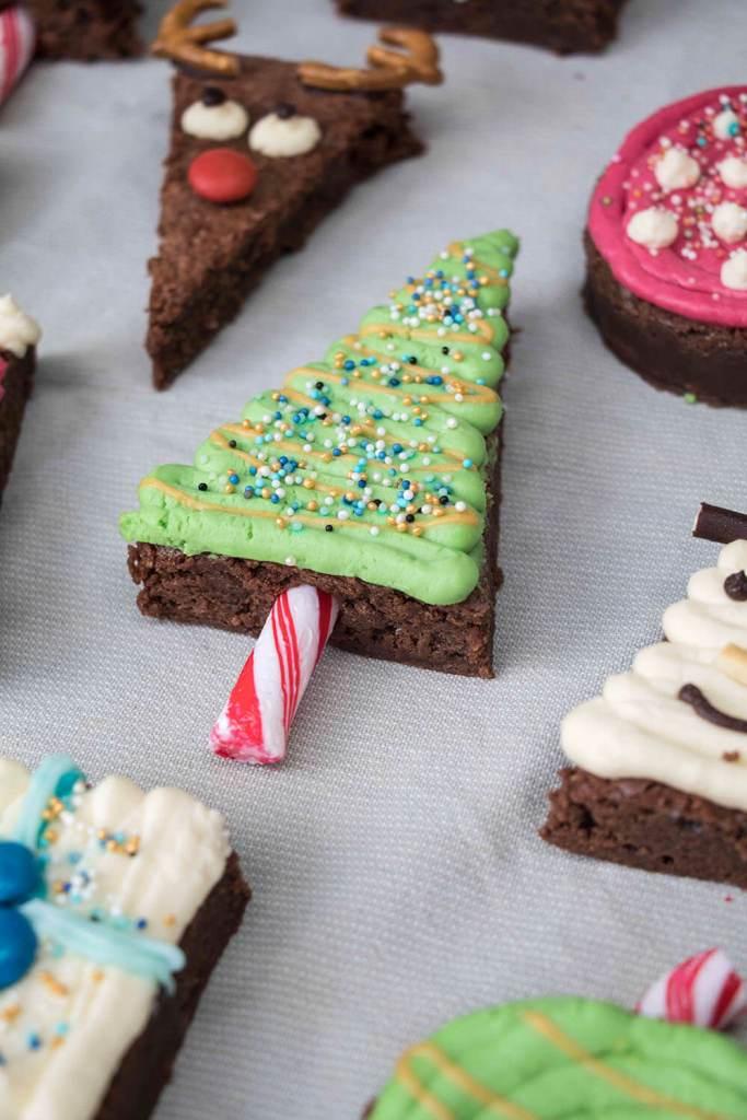 Christmas-tree-brownies-weihnachtsbaum-brownies-tannenbaum-brownies (3)