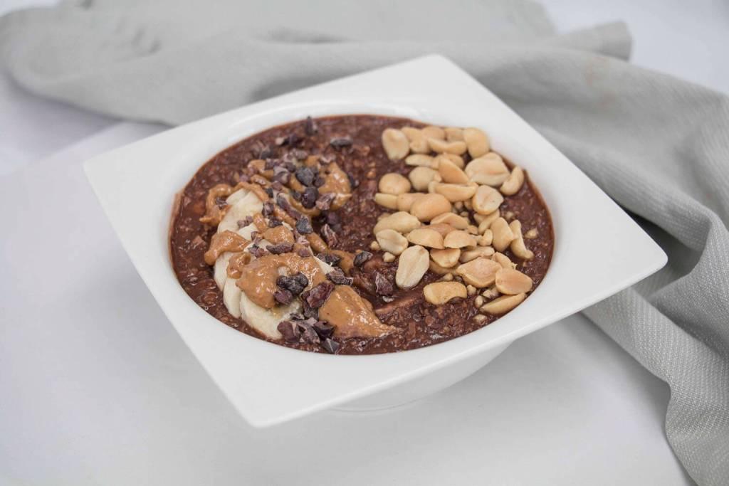 peanut-butter-cup-porridge-low-calorie-gesundes-schokoladen-porridge- (2)