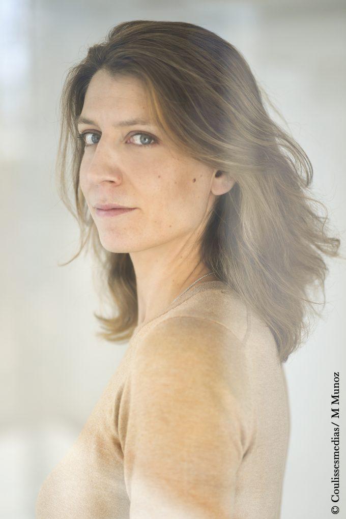 Adèle Van Reeth Et Son Compagnon : adèle, reeth, compagnon, L'autre, Côté, Poste,, Adèle, Merveilles…
