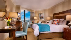 crptwr-corpus-christi-hotel-bayfront-tower-king-room-2