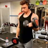 @jvmvs_  We all need someone to film our workouts   Determined to run away for
