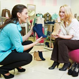 countbox-customer-engagement-shoes-store-two-women