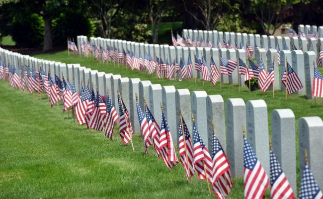 Memorial Day Mourn Us Soldiers Killed In Criminally