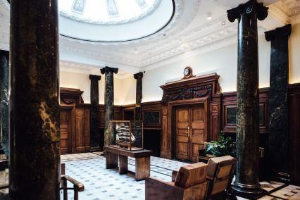 town-hall-hotel-wedding-london-0050