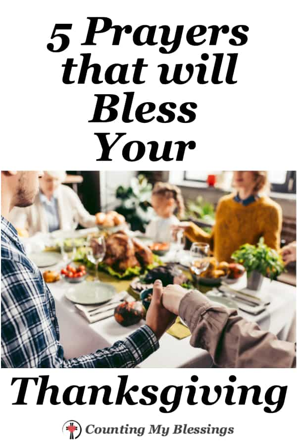 5 verses to pray and bless your Thanksgiving celebration with your family and friends. Gratitude is good for you & is an important part of giving God glory! #Thanksgiving #Prayer #Holidays #WWGGG #CountingMyBlessings