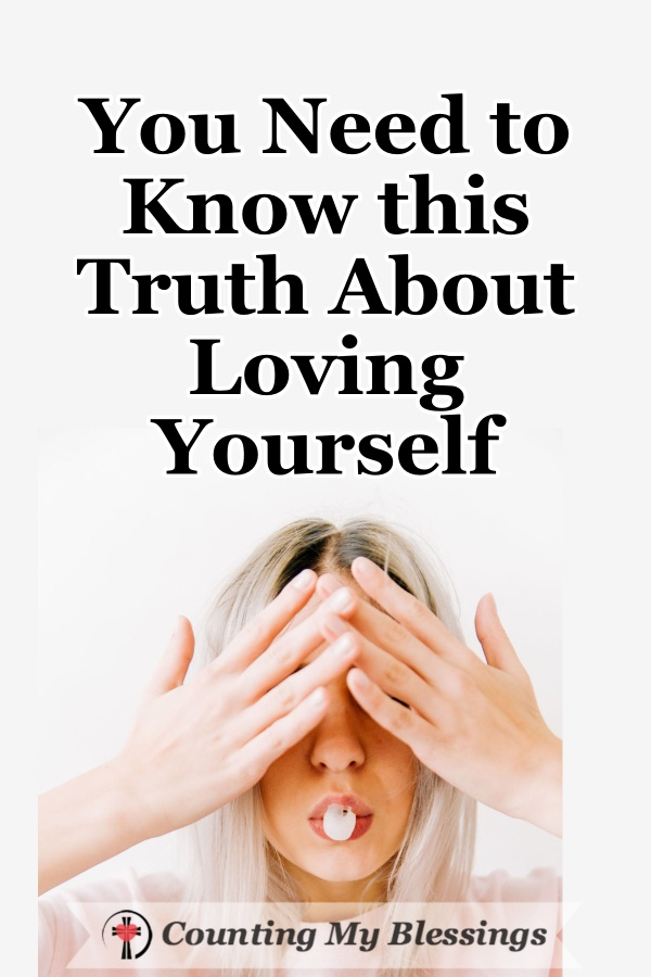There are many opinions about what it means to love yourself and how that looks but I wonder what does loving yourself the ways God wants look like? #Faith #LoveYourself #Self-Love #WWGGG #CountingMyBlessings