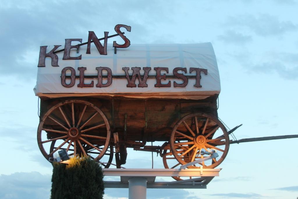 Le Ken's Old West à Page