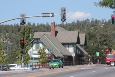 Flagstaff, la Gare ferroviaire, vue de la rue