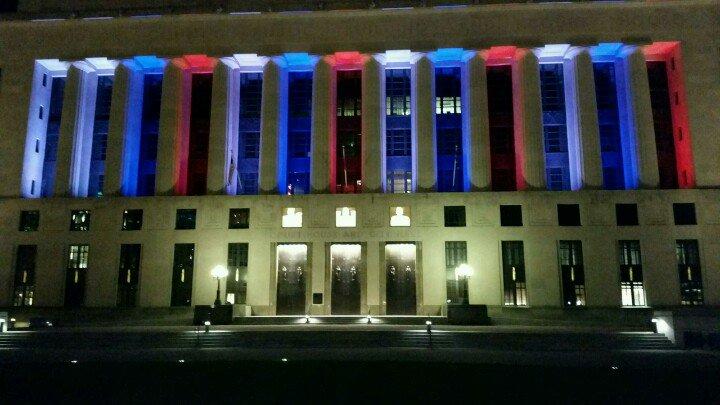 Palais de Justice de Nashville aux couleurs de la France