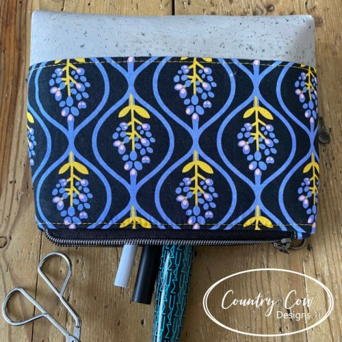 Idexa pouch free sewing pattern by Country Cow Designs