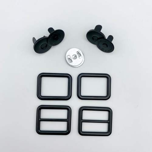 Trekoda Hardware Kit in Black