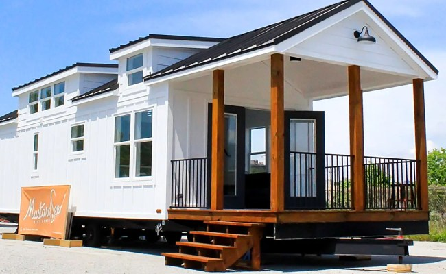 Luxury Park Model Tiny Home Zion By Mustard Seed Tiny