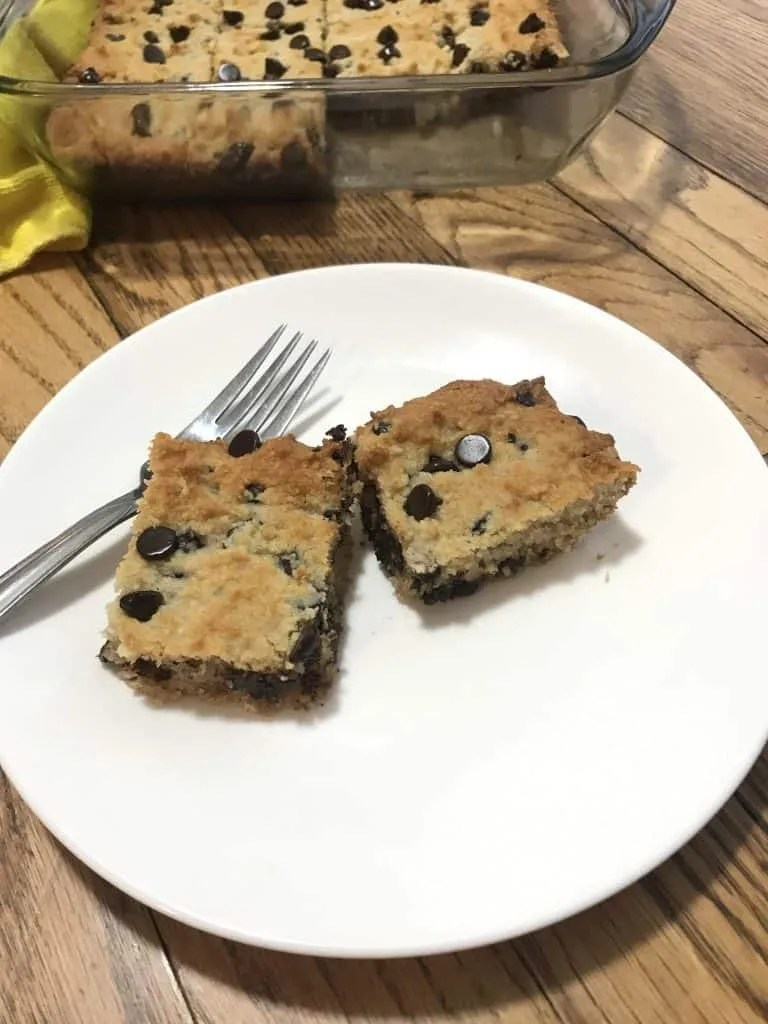 Chocolate Chip Cookie Bars (THM-S, Low Carb, Sugar Free)