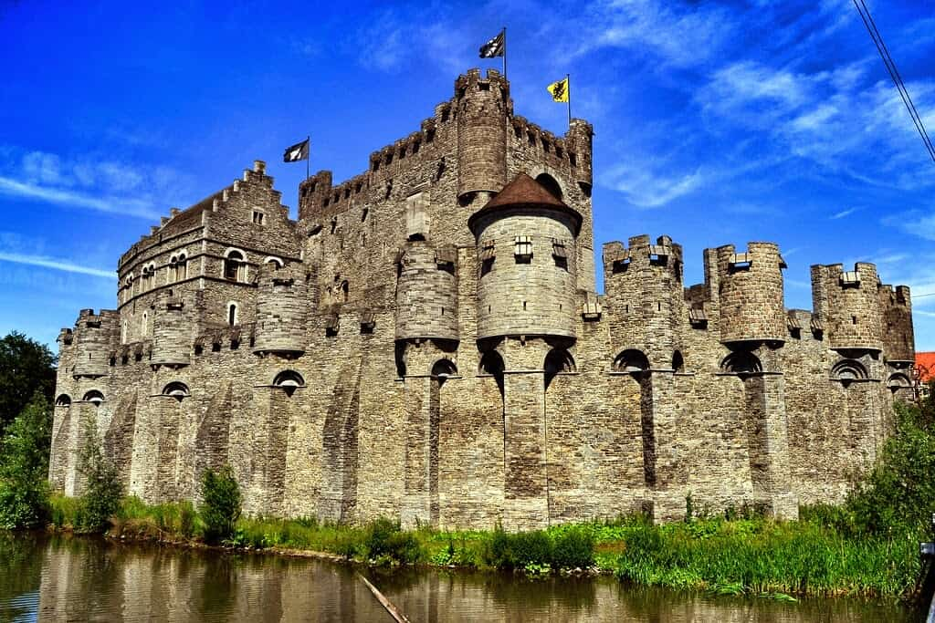 Beautiful Castles Around The World – Part 3