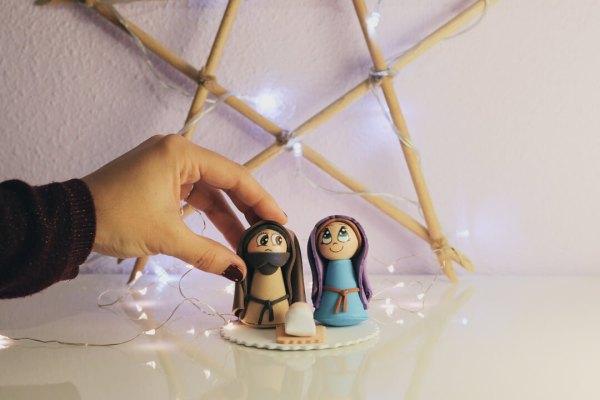 Mini belén de Navidad hecho a mano
