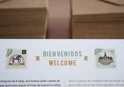 Invitación de boda en dos idiomas