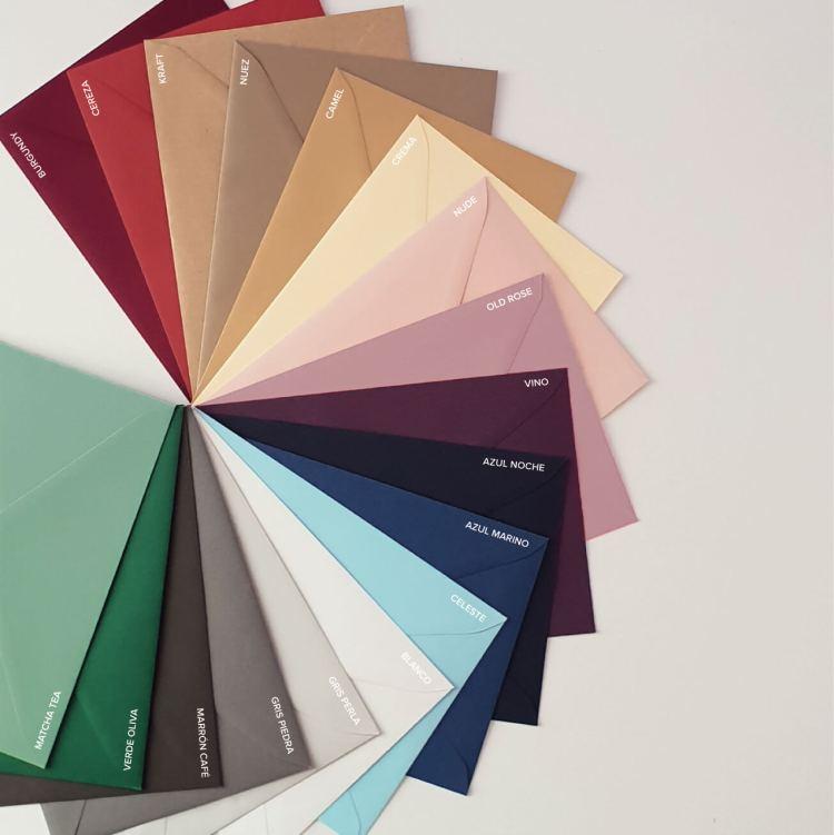Sobres de colores y con estilo para boda y eventos