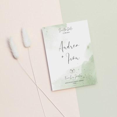 Invitación de boda sencilla con fondo acuarela