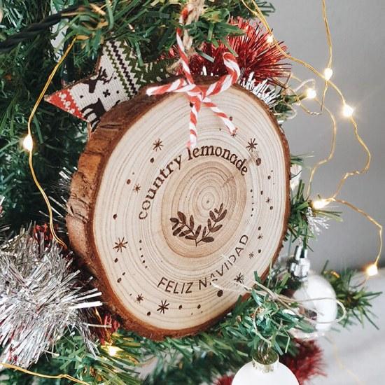 rodaja-madera-grabada-navidad