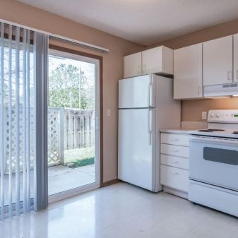 Country Meadow, 3 Bedroom Apartment, Photo 2