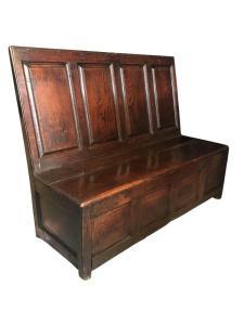 Rare oak box settle, 18th century