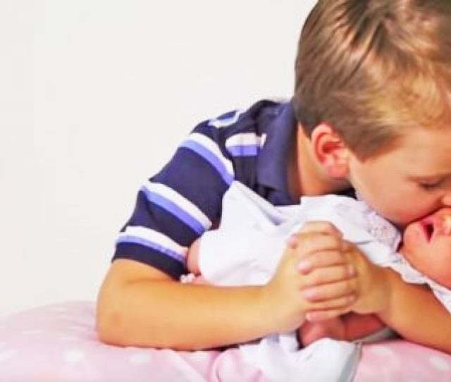 Six Brothers React To Meeting Their Baby Sister For The First Time Will Have You Saying Awww