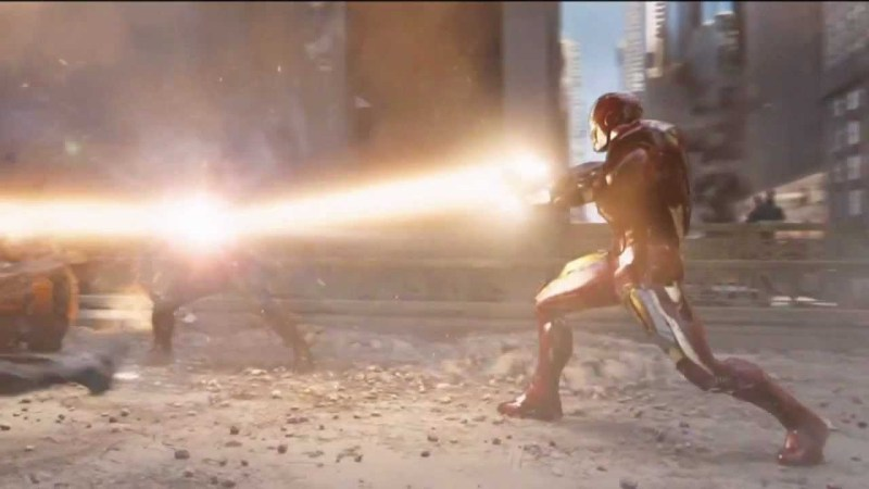 Captain America reflects Iron Man's Repulsors off of his shield to blast some Chitauri