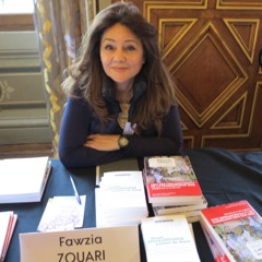 Fawzia Zouari en signature