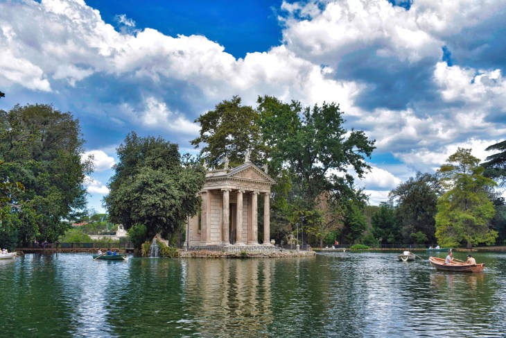Villa Borghese, Roma, Couple Coffee Joy
