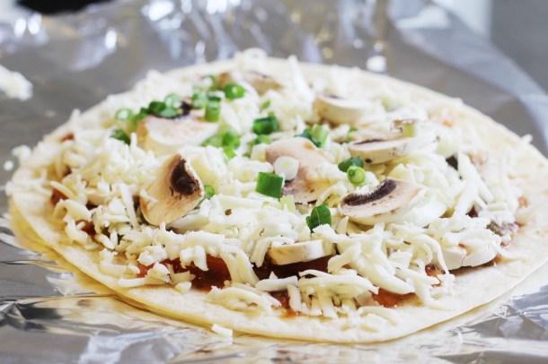 Garlic mushroom pizza 1