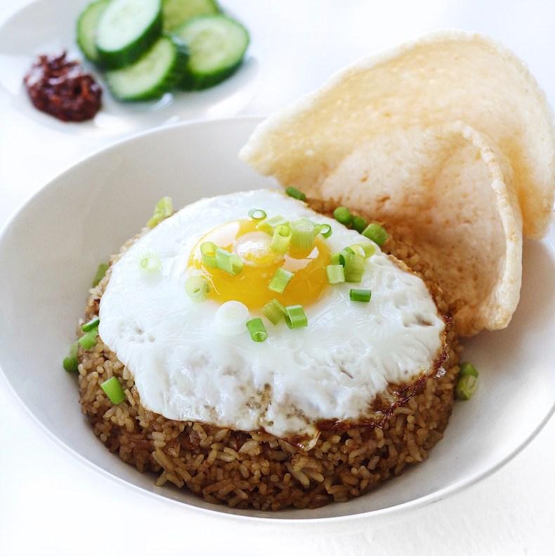 Indonesian Fried Rice (Nasi Goreng) Recipe | Couple Eats Food