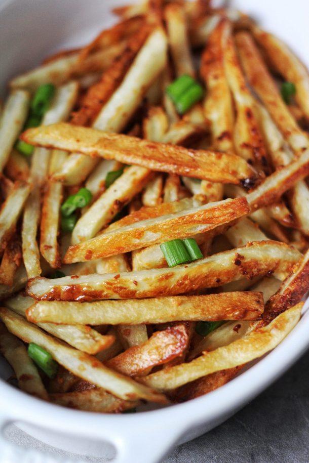 Crispy Baked Garlic Fries Recipe