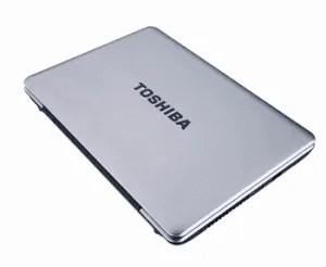 laptop giveaway couple money