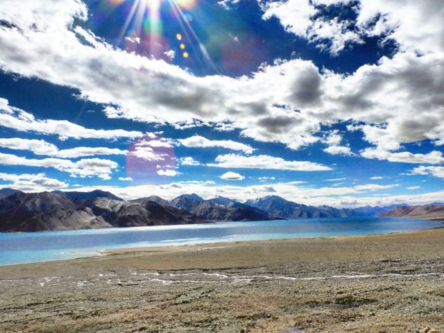 Travel Resolutions for 2018 - Digital Detox at Pangong Lake, Ladakh