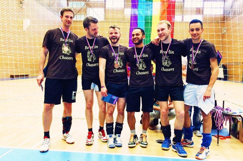 Gay Travel Prague Schwuler Reiseführer Prag Rainbow Spring Gay Volleyball Tournament | Gay Couple City Weekend Prague © CoupleofMen.com