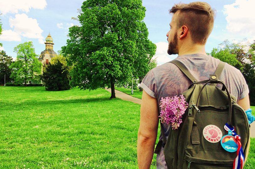 Gay Travel Prague Schwuler Reiseführer Prag Nature explorations in and around Prague   Gay Couple City Weekend Prague © CoupleofMen.com