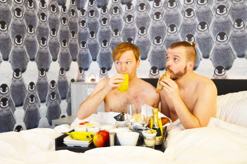 Mainport Hotel Rotterdam | Gay Couple City Weekend Rotterdam © CoupleofMen.com