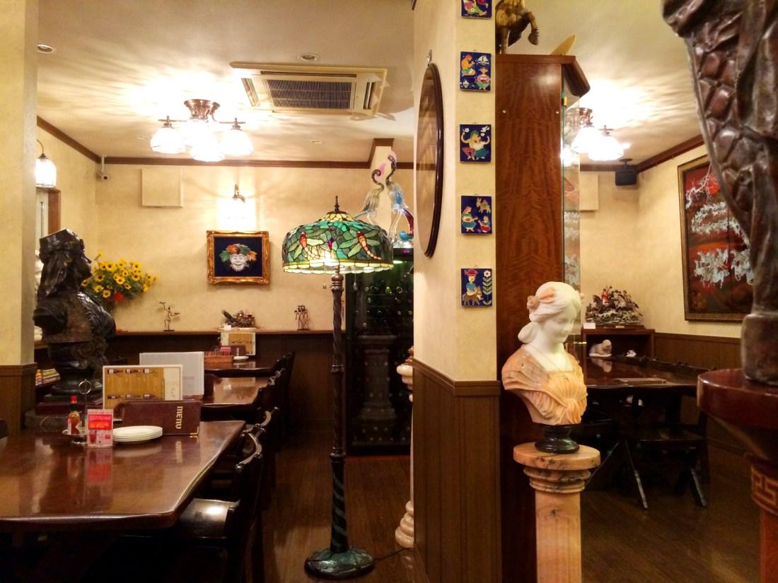 らんず Italien Restaurant in Kii-Tanabe © CoupleofMen.com