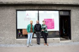 Reykjavik Gay Travel Daan together with the owners of Pink Iceland Travel   Gay Couple Travel City Weekend Reykjavik Iceland © Coupleofmen.com