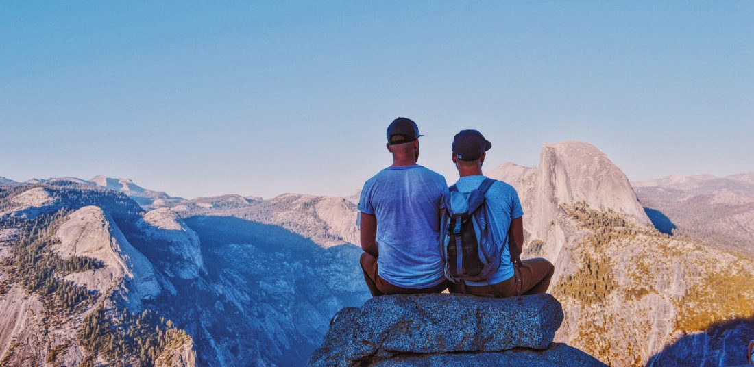 Gay Couple of Men enjoying Sunset at Yosemite National Park | Road Trip USA Highlights American South West © Coupleofmen.com