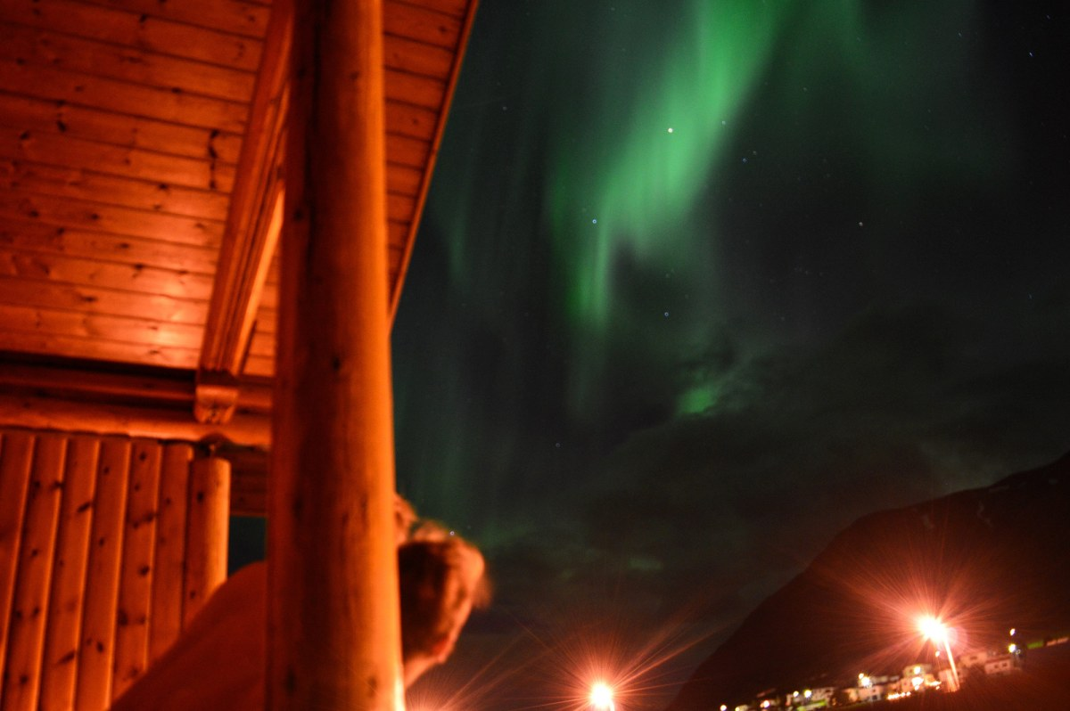 North Iceland: Karl & Daan waching Northern Lights | Road Trip Adventure Iceland Gay Couple Insider Tips © CoupleofMen.com