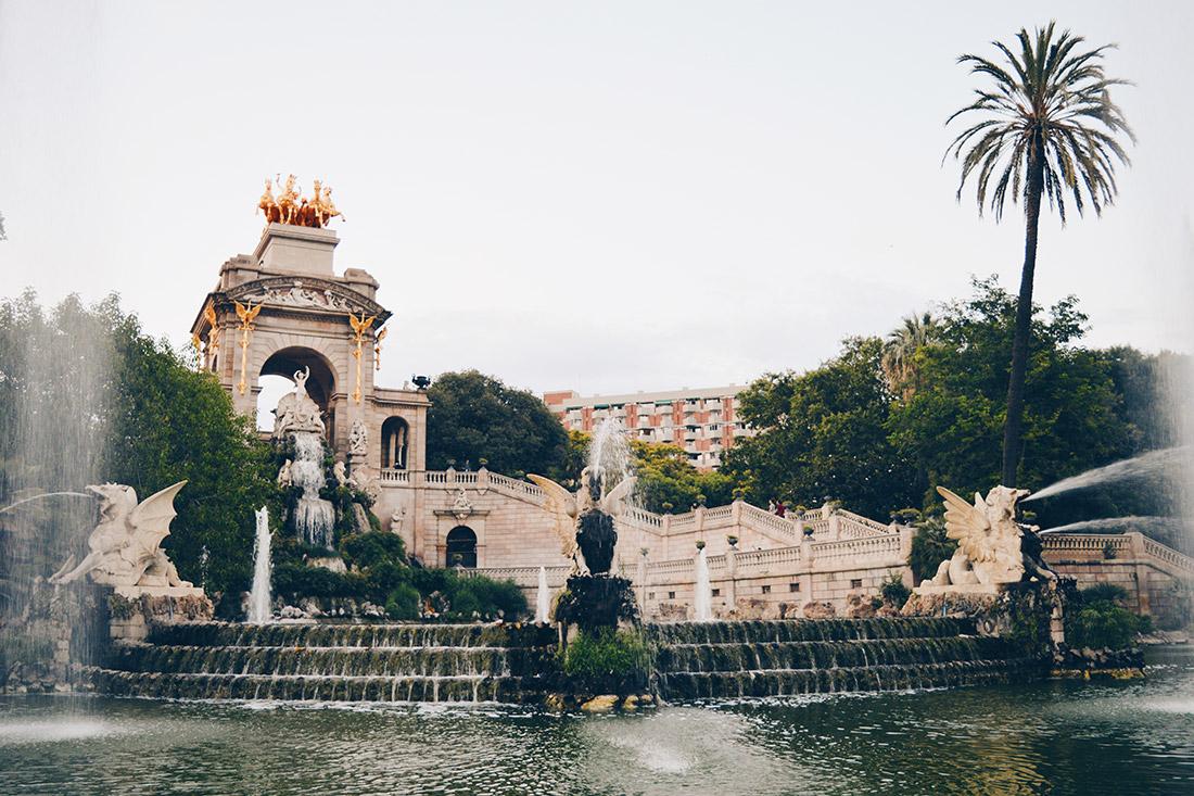 Barcelona Gay Travel Tips for a summer trip © CoupleofMen.com