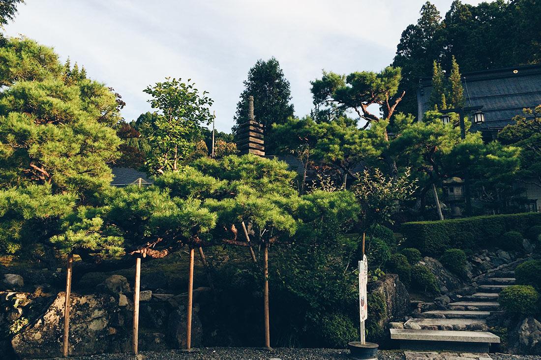 Kumagaiji-Buddhist-Temple-Lodging-Koyasan-Japan-4
