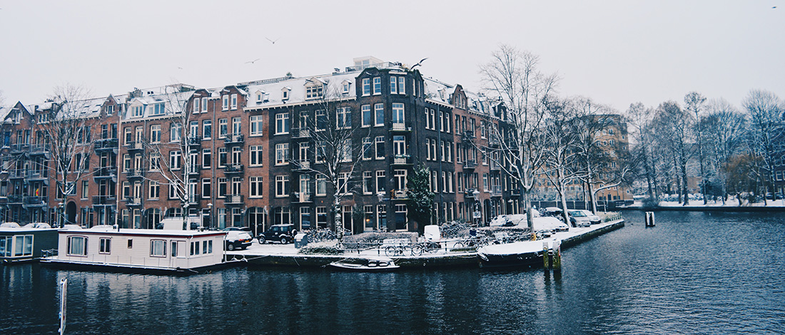 Dutch Winter Day Amsterdam Netherlands | © CoupleofMen.com